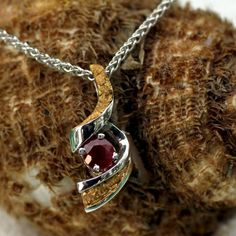Alaskan Gold Nugget and Gemstone Pendant, Alaskan Gold Nugget Jewelry - www.goldrushfinejewelry.com