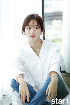 Kim So Hyun - Magazine December Issue Korean Actresses, Korean Actors, Actors & Actresses, Korean Beauty, Asian Beauty, Korean Girl, Asian Girl, Kim So Hyun Fashion, Korean Tv Series