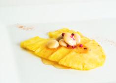 Dessert Time Pinneaple with Paiarrop Blossom Honey