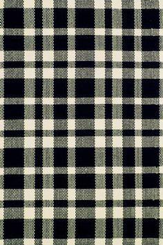 Plaid Black & Ivory - 9'x12'