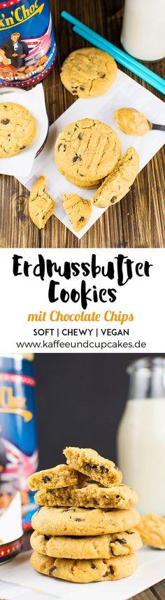 Erdnuttbutter-Cookies mit Chocolate Chips. Lecker soft, chewy und dazu noch vegan!   Kaffee & Cupcakes #vegan #cookies #chocolate chips #schokolade #erdnussbutter #erdnuss #kekse #rezept #backen #soft #chewy