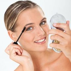It's said that in 1860 Eugene Rimmel, the founder of the cosmetics company with the same name, invented the first mascara formula with a lengthening effect.