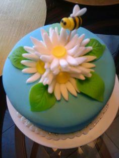 Mini Bumble Bee Cake