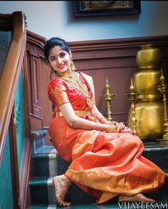 You can find the best wedding photographers, top wedding makeup artists, finest wedding decorators, top wedding planners, bridal stylists & affordable jewellery rentals Beautiful Indian Brides, Beautiful Saree, Beautiful Asian Girls, Beautiful Bride, Kerala Bride, South Indian Bride, Bridal Photoshoot, Bridal Shoot, Fancy Blouse Designs