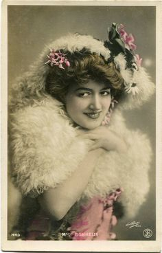 Vintage French RPPC Postcard Actress Stage Star Miss Bonheur