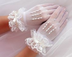 Items similar to Wedding lace gloves Fingerless tatted gloves Bridal cuff bracelet - frosted crystal beads on Etsy Wedding Garter Lace, Wedding Gloves, Bridal Lace, Bridal Cuff, Ivory Wedding, Dress Wedding, Luxury Wedding, Tea Party Outfits, Première Communion