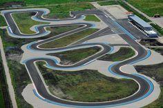 Go Kart Racing, Slot Car Racing, Slot Car Tracks, Racing Team, Race Cars, Afx Slot Cars, Rc Track, Go Kart Frame, Go Kart Tracks