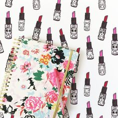 Working on my @shopbando #bandoagenda and planning out my pattern agenda. Now I'm totally stuck on what to name these lipstick gals. ✏️