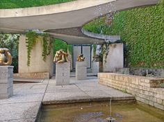 Central Pavilion in the Giardini at the Venice Biennale. Image © Flickr CC user Jean-Pierre Dalbéra