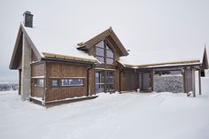 Saltdalshytta_SMART200_Hafjell-110_1920x1080 Cabin, House Styles, Home Decor, Decoration Home, Room Decor, Cabins, Cottage, Home Interior Design, Wooden Houses