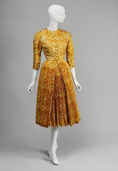 Cocktail Ensemble, Givenchy - 1953.  A departure for Thelma Foy who was a Dior devotee.