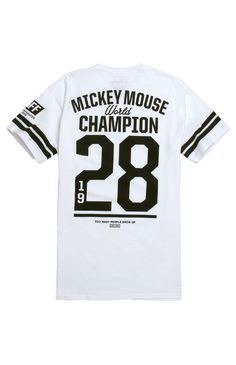 PacSun presents the Neff World Champ T-Shirt for men. This comfortable men's t-shirt is part of Neff's Disney Collection and supplied a black graphic on the chest and back. White tee with Neff graphic on front and back Crew neck Short sleeves Regular fit Machine washable 100% cotton Imported