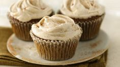 Wondering what type of molasses to use? Either light or dark molasses can be used in the cupcake batter. Light molasses is lighter in both flavor and color, while dark molasses is thicker and less sweet.