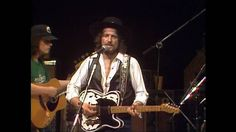 Thanks for the music and the memories Waylon.Are You Sure Hank Done It This Way: Waylon Jennings - Live Bro Country, Outlaw Country, Best Country Music, Country Musicians, Country Singers, Good Music, My Music, Waylon Jennings, You Sure