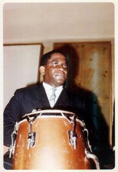 Mongo Salsa Merengue, Musica Salsa, Artist Film, Salsa Music, Afro Cuban, African Traditions, Smooth Jazz, Music Posters, Dandy