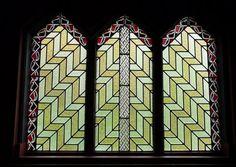 Introducing Maori Lifestyles: Church Glass,Adrienne Rewi.