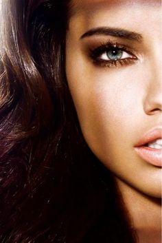 Victoria's Secret - the perfect bronze makeup