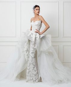 When you initially go looking for wedding dresses you will want to have a sit down with the bridal expert at the bridal store. She or he will be able to provide you some useful guidance about which of the wedding event gowns will flatter you the most. Extravagant Wedding Dresses, Top Wedding Dresses, Designer Wedding Dresses, Bridal Dresses, Wedding Gowns, Collection 2017, Bridal Collection, Wedding Dress Sketches, Applique Wedding Dress