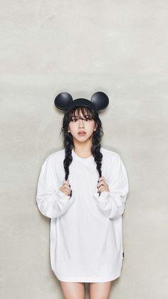 Twice x OhBoy 2018 kpop wallpaper Lockscreen Sana Chaeyoung Momo Tzuyu Nayeon Dahyun JungYeon Mina Jihyo Fondo de pantalla HD iPhone Nayeon, Chaeyoung Twice, Twice Jihyo, Twice Kpop, Dahyun, South Korean Girls, Tzuyu Twice, Twice Once, Kpop Girls