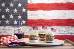7 Foods You Absolutely Need To Have At Your Fourth Of July Party