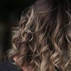 Wigs & Hair Extensions : 10 Ways To Look Beautiful Every Season Popular Hairstyles, Hairstyles Haircuts, Hair You Wear, New Hair, Your Hair, Henna, Hair Flow, Natural Hair Styles, Long Hair Styles