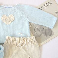 Knitted sweater with diaper cover a cute pearl por tenderblue