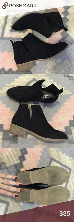Black Booties Gently worn- only worn for one day. They ended up being too big. So cute! Shoes Ankle Boots & Booties