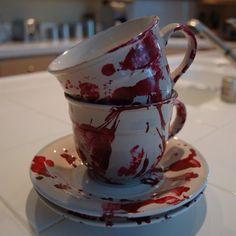 Bloody Saucer Set