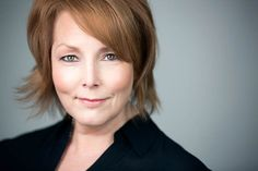 Headshots for the Professional with Laura Mullen -mM