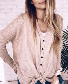 fall fashion trends which look really hot. Look Fashion, Fashion Outfits, Fashion Clothes, Fasion, Trendy Fashion, Urban Fashion, Feminine Fashion, Fashion Night, Fashion Shoot