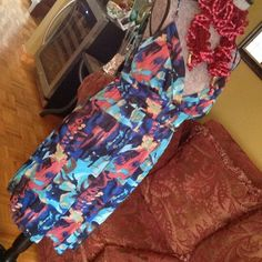 $20 SALE❤️❤️❤️ SPAGHETTI STRAP DRESS❤️❤️❤️ Very pretty, comfortable (material has some stretch), colorful, stylish, lined dress (including padded bra)..  Top layer is sheer material. Worn twice during vacation. Great condition.  It can be a casual dress or add accessories and use for a special function.  Prettier than pix. Snap Dresses