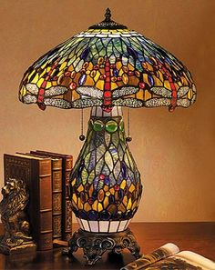 Tiffany lamp ~ such a cool base too