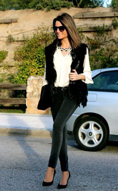 A black faux fur vest is def on my fall/winter shopping list!