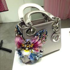 | Dior beautiful bag | Luxury Bags, Luxury Handbags, Cute Purses, Purses And Bags, Vuitton Bag, Louis Vuitton, Butterfly Bags, Fancy Hands, Dior Bags
