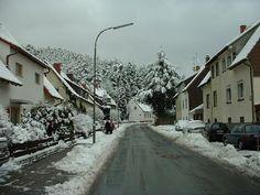 1326666-This_is_the_street_I_live_on_Kaiserslautern.jpg (560×420)