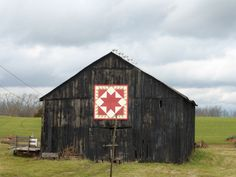 barns with hex signs them - Yahoo Image Search Results Barn Signs, Pennsylvania Dutch, Yahoo Images, Barns, Wander, Image Search, Shed, Old Things, Outdoor Structures