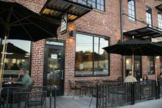 Magpie Cafe has great food and a wonderful patio