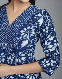 Kurta Designs Women, Salwar Designs, Kurti Neck Designs, Blouse Designs, Salwar Neck Patterns, Stitching Dresses, Punjabi Dress, Kamiz, Blouse Models