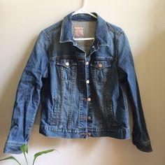 Women's Old Navy Denim Jacket XL Very good condition. Old Navy Jackets & Coats Jean Jackets