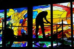 installation of glass art in the Thabor Church Hengelo, made and designed by Annemiek Punt