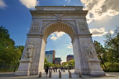 Tsimtsum Concepts: Moses, Tablets of the Law Revealed and then Concealed by Royal Arches, Botticelli and Solomons Portico. Washington Square Park Nyc, George Washington Bridge, Neoclassical Architecture, The Deed, Greenwich Village, World Trade Center, Yorkie, New York City, Travel