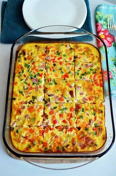 What are you eating for breakfast? Since you should never skip breakfast, you should make this Farmer's Healthy Breakfast Casserole Recipe. Ww Recipes, Brunch Recipes, Breakfast Recipes, Healthy Recipes, Brunch Ideas, Breakfast Ideas, Healthy Foods, Recipies, Healthy Breakfast Casserole