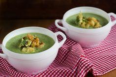 """Supa crema de conopida si brocoli cu garnitura de tempura crocanta Daca ma gandesc bine, cred ca """"vinovatul"""" principal pentru …"""