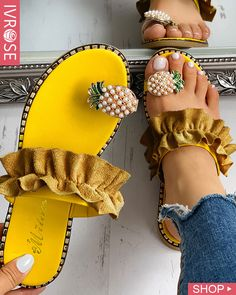 Pineapple Pattern Toe Ring Frill Hem Casual Sandals for women Have,Sandals for women for women , Toe Ring Sandals, Toe Rings, Flat Sandals, Shoes Sandals, Yellow Sandals, Sandals Platform, Belly Rings, Heeled Sandals, Slippers
