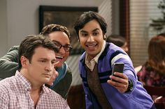 Leonard (Johnny Galecki, center) and Raj (Kunal Nayyar, right) think they spot Nathan Fillion (Nathan Fillion, left) at a restaurant, on THE BIG BANG THEORY, Thursday, Feb. 19 (8:00-8:31 PM, ET/PT), on the CBS Television Network. Photo: Michael Yarish/Warner Bros. Entertainment Inc. © 2015 WBEI. All rights reserved.