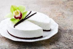 Torta al cocco e yogurt senza cottura