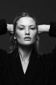 Forward - модель Москва,хочу стать моделью Москва,модельное агентство Москва,кастинг Москва,съёмки Москва,показ мод,школа моделей,работа моделью,модельный бизнес,tfp,бесплатное портфолио. / Women