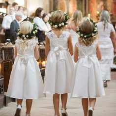 Rose and Leaf Flower Crowns Wedding Looks, Bridal Looks, After School, Flower Girl Hairstyles, Wedding Hairstyles, Nice Dresses, Flower Girl Dresses, Flower Girls, Flower Crowns
