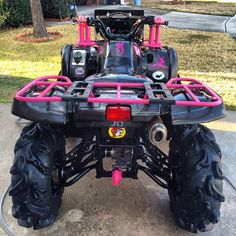 My (future) pink & black Yamaha Grizzly ATV 4 wheeler with zebra seat cover Country Girl Life, Country Girls, Country Outfits, Pink Four Wheeler, Quad Bike, Four Wheelers, Dirtbikes, Lifted Trucks, Big Trucks