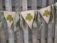 St Patrick's Day Banner -St Patrick's Day Garland -Shamrock Banner - Rag Garland - Burlap Banner - Photo Prop- Green - Burlap - Shamrocks - Patric's Day Burlap Garland, Rag Garland, Ribbon Garland, Bunting Garland, Burlap Banners, Bunting Ideas, Flag Banners, Buntings, St Paddys Day